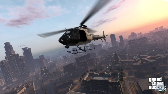 <b>Grand Theft Auto V (Multi)</b><br><br> Rockstars Klassiker soll ebenfalls im zweiten Quartal wiederkehren. In Teil 5 setzen die Entwickler auf ein Trio: Der Spieler kann jederzeit zwischen drei Protagonisten wechseln, um alle Ecken des offenen Gro�stadtmolochs Los Santos unsicher zu machen. Bei manchen Auftr�gen muss das Dreierpack auch zusammenarbeiten. Das Design der dynamischen Missionen wird an das aus Red Dead Redemption angelehnt, die Fahrphysik soll dagegen komplett �berarbeitet werden. 92434272