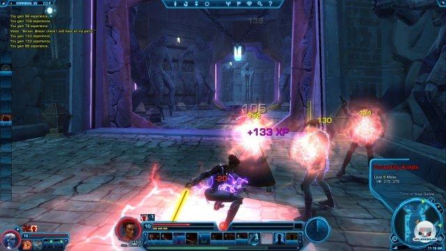 """Der Sith-Krieger setzt auf mächtige Attacken. Er ist der klassische """"Tank""""."""