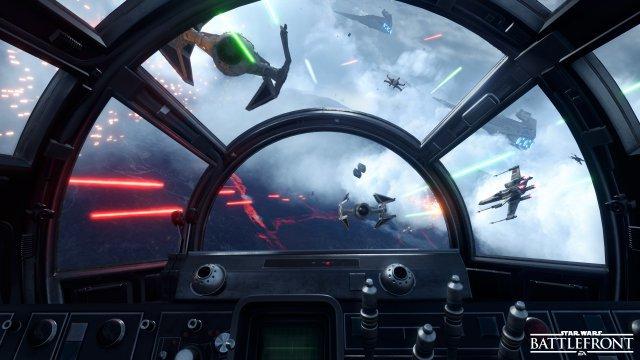 Weniger Übersicht, aber mehr Mittendrin-Gefühl: Die Cockpit-Ansicht (Millennium Falke)