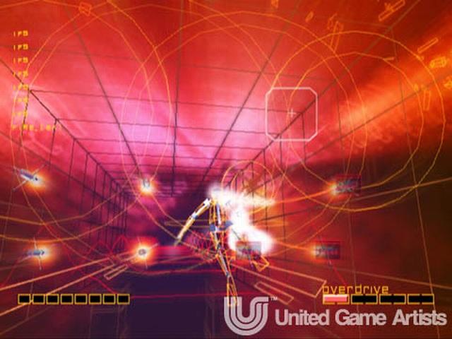 <br><br>Ein weiterer Vertreter, der es mittlerweile in einer HD-Variante auf Xbox Live geschafft hat: Rez. Das von Tetsuya Mizuguchi produzierte Spiel ist mit seiner Mischung aus minimalistischer Grafik, psychedelischen Effekten und dem grandiosen Soundtrack sicherlich einzigartig. Wer keine Dreamcast besitzt, sollte sich das Ding schnellstens laden, den Raum abdunkeln, am besten Kopfh�rer aufsetzen und anschlie�end dieses audiovisuelle Erlebnis der Extraklasse genie�en... 2068273