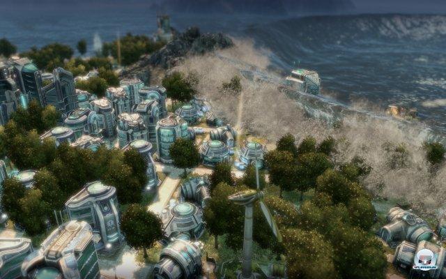 Ein Tsunami verwüstet die Küste.
