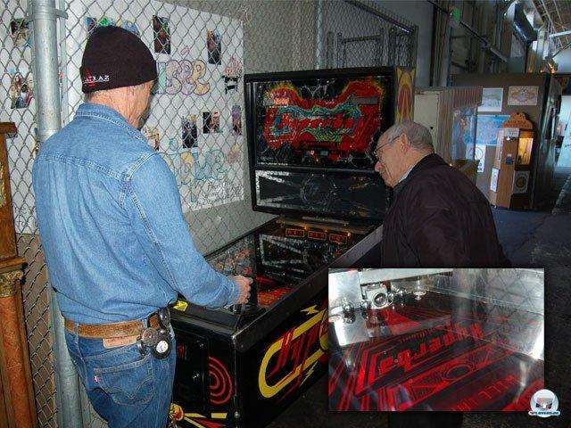 <b>Futuristisches Kugel-Inferno</b> <br><br> Der Mix aus Flipper und Videospiel