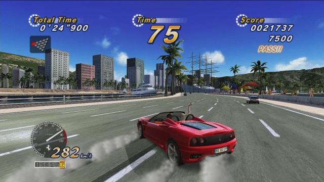 Outrun <br><br> Sobald es draußen etwas wärmer wird, steigt ihr Anteil am Straßenverkehr sprunghaft nach oben: Motorräder? Ja, die auch. Aber daneben werden auch die Cabrios aus ihrem Winterschlaf geweckt und rollen aus den Garagen. Wäre es nicht toll, mit offenem Verdeck und cooler Musik am Strand entlang zu düsen - nette Beifahrerin inklusive? Eine Vorstellung davon, wie es sein könnte, erlebt man bei Outrun - und das auch noch in schicken Ferrari-Boliden.     2076808
