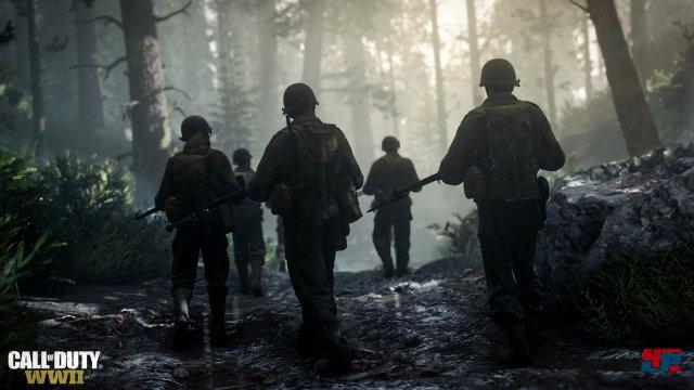 Als Red Daniels zieht als Teil der 1st Infantry Division mit seinen Kameraden in den Krieg.
