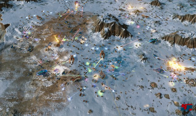 Ashes of the Singularity entfacht ansehnliche, futuristische Massenschlachten mit Hunderten von Einheiten auf einem Schlachtfeld.