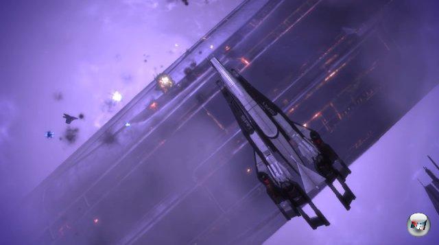 <br><br>Shepard verfolgt Saren durch ein Portal nach Citadel, wo eine wilde Schlacht zwischen der Citadel-Flotte und den Geth geschlagen wird. 2051273