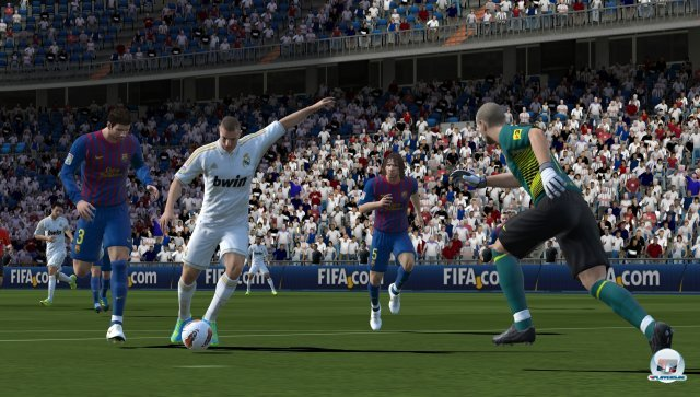 FIFA Football sieht klasse aus: High definition im Miniformat!