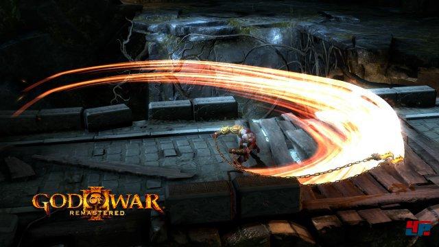 Mit flüssigen 60 Bilder pro Sekunde und 1080p schnetzelt sich Kratos auf der PS4 durch die griechische Mythologie.